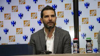 Duilio en conferencia de prensa