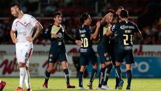 Jugadores del América celebran un gol ante Veracruz en Copa MX