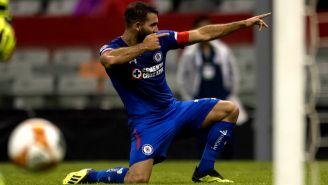 Martín Cauteruccio festeja gol contra Zacatepec