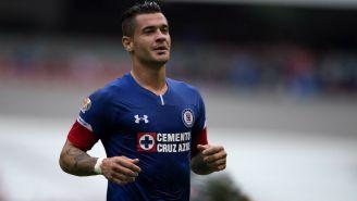 Milton Caraglio festeja gol con La Máquina
