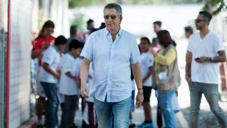 Vergara llega al entrenamiento de las Chivas