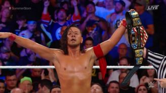 Nakamura momentos después de recibir el cinturón