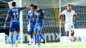 Monterrey festeja gol de Celso Ortíz contra Lobos BUAP