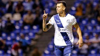 Daniel Arreola festeja gol contra el Atlas en la J6