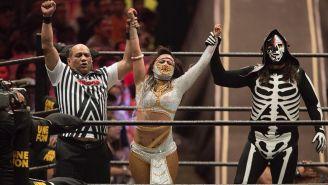 Lady Shani festeja triunfo en Triplemanía XXVI