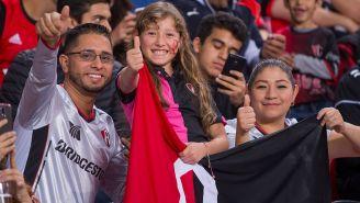 Fans del Atlas previo a un partido de los Rojinegros