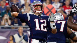 Tom Brady, a punto de lanzar un pase en el encuentro de Patriots