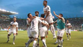 Pumas celebra una anotación ante León