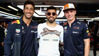 Sergio Agüero y los pilotos de Red Bull Racing