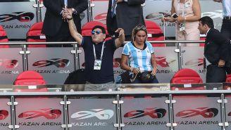 Diego Armando Maradona en un partido de Argentina