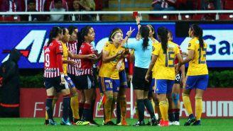 Las expulsiones que se dieron en el Chivas vs Tigres