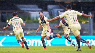 Sánchez festeja con sus compañero el gol frente a La Monarquía