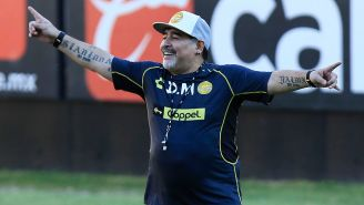 Maradona, durante un entrenamiento con el conjunto de Sinaloa