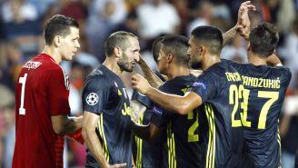 Juventus celebra una anotación ante el Valencia