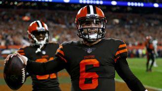 Mayfield celebra touchdown con Cleveland