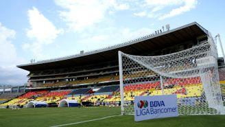 Estadio Morelos, previo al duelo entre Monarcas y Pumas