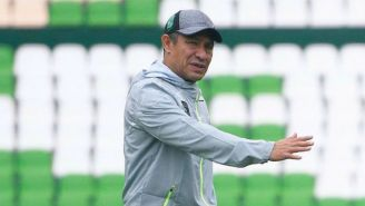 Nacho Ambriz durante un entrenamiento del León