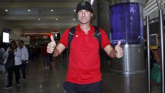 Gabriel Caballero en su llegada a la Ciudad de México