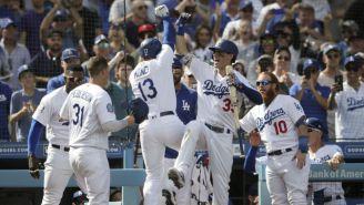 Los Dodgers festejan su victoria vs Rockies