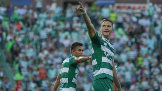 Furch celebra con alegría su gol frente al Atlas