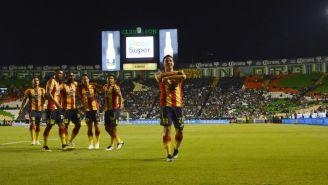 Carlos Ferreira celebra anotación contra La Fiera