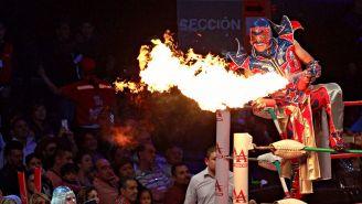Aerostar hace su entrada al ring