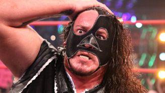 Abyss durante una lucha en Impact Wrestling