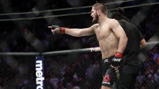 Khabib Nurmagomedov durante su pelea con Conor McGregor