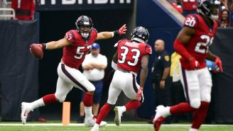 Houston Texans celebra una anotación frente a Bills