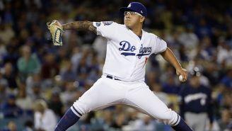 Julio Urías realiza un lanzamiento con Dodgers