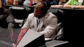 Booker T en la mesa de comentaristas