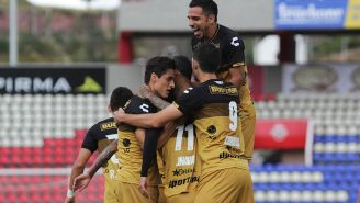 Dorados festejando un gol ante Mineros