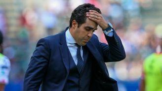 Michel Leaño se lamenta en un juego de Necaxa