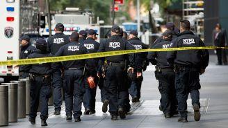 Policías de Nueva York en Time Warner Center