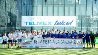 Participantes en 'De la Pista a la Cancha' se toman la foto oficial