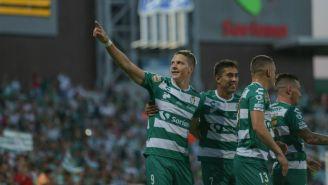 Furch celebra con alegría su gol frente a Monterrey