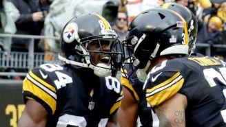 Brown y Conner festejan un touchdown vs Cleveland