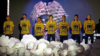 Pumas presenta jersey conmemorativo de Día de Muertos