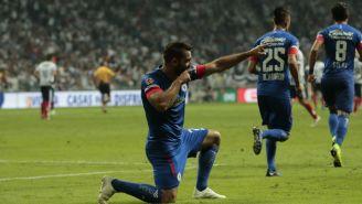 Martín Cauteruccio celebra el segundo gol de La Máquina