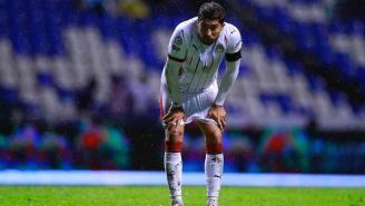 Jugador de Chivas se lamenta tras empate contra Puebla