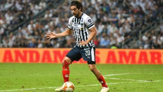 Pizarro en partido con Monterrey