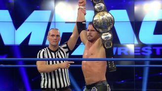 Johnny Impact muestra el título de Impact