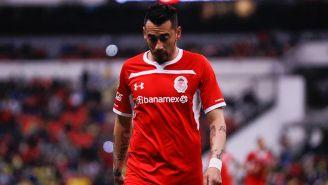 Rubens Sambueza en lamento durante partido de Toluca