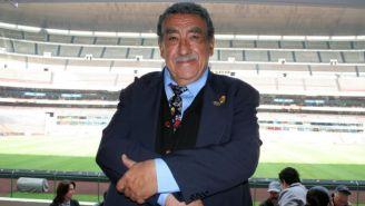 Melquiades Sánchez Orozco en el Estadio Azteca