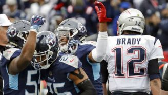 Jugadores de Titans festejan triunfo sobre Patriots