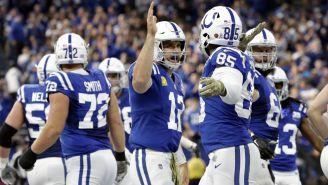 Eric Ebron celebra un touchdown ante Jaguars