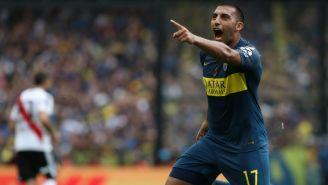 Ramón Ábila celebra gol contra River Plate
