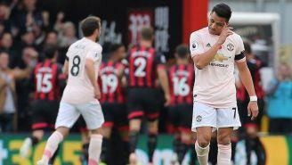 Alexis Sánchez en partido con el Manchester United