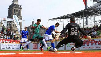 México jugando ante la selección de Italia