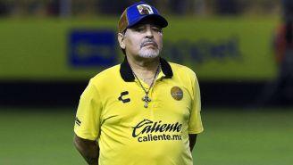 Maradona en entrenamiento con Dorados